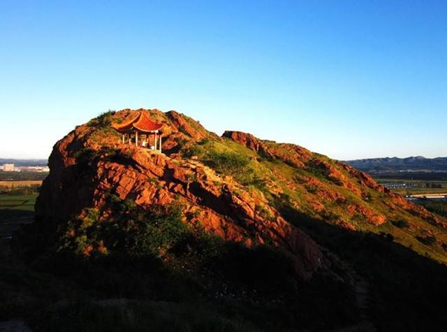 冬季旅游去哪里 人文景观就在赤峰红山