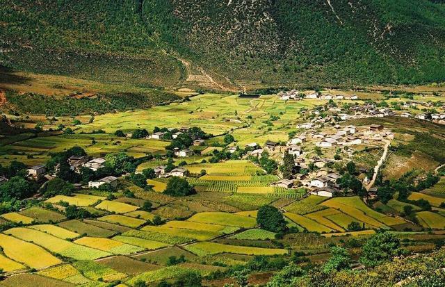 """中国最美村子尼汝,享有""""世界第一村""""的美名"""