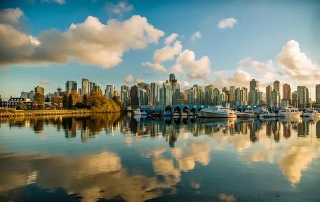玩转冬季,只需要去加拿大西部这几个地方就够了