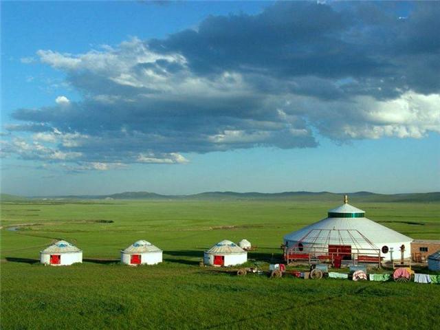 六月要去内蒙古旅游了,有什么要注意的吗?