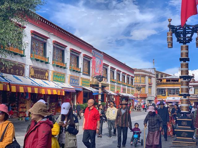 广东女孩辞职旅行2个月,2万元去了西藏尼泊尔迪拜斯里兰卡等地