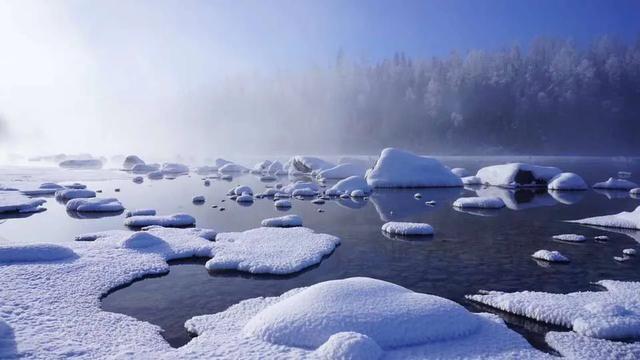 冬天旅游,就来新疆禾木村吧