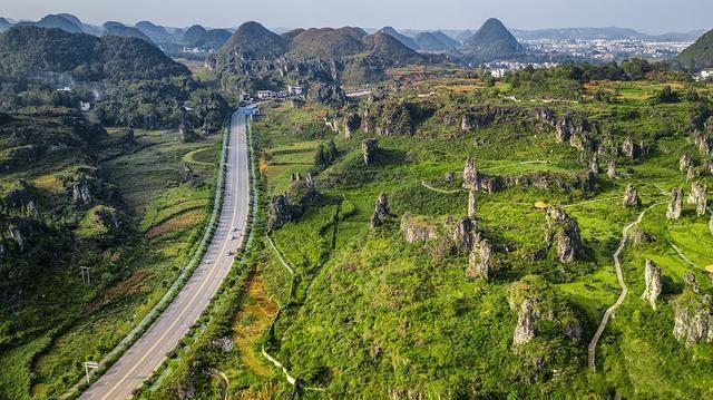 比广西阳朔和崇左,更为奇特的贵州喀斯特地貌小众景点贞丰县
