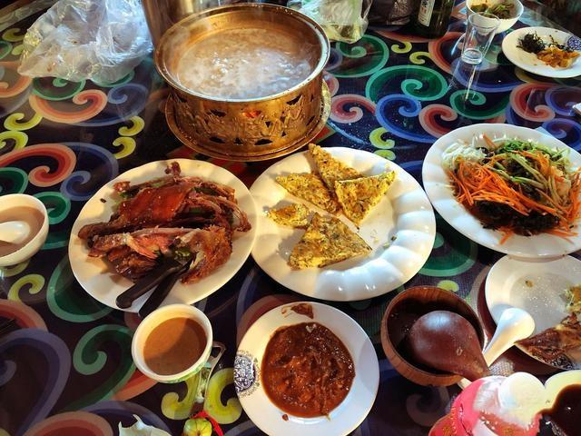 请问去内蒙古需要带什么必须品,有什么内蒙美食旅游经验告知