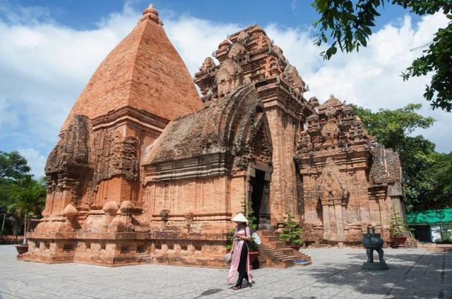 越南芽庄10个游览景点(越南芽庄旅游去哪儿)